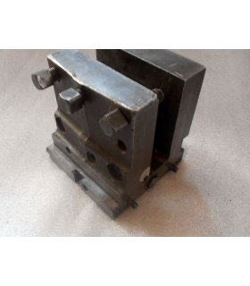 BERTHIEZ 220 x 180 mm tool-holders
